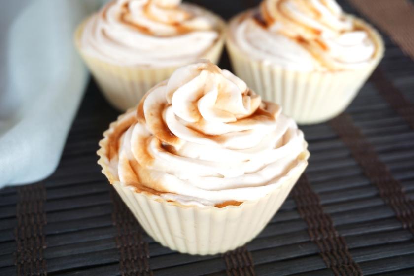 Cupcakes de boniato y naranja con cobertura de vainilla